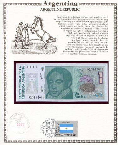 1 Austral  N/A (notes looks to be UNC in holde Banknote